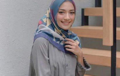 Tampil Cantik Ala Selebgram Dengan Jilbab Motif